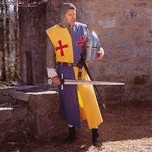 knight's surcote thirteenth century